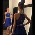 Sexy azul Chiffon vestidos de formatura oitava série 2016 Halter frisada curta cinto colégio vestidos