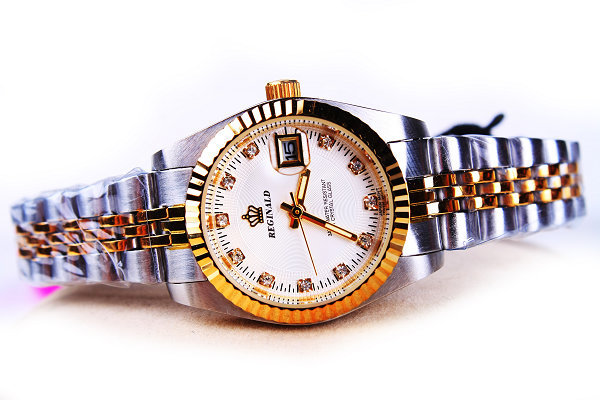 Hk Crown Brand Ladies Watches Female Luxury Gold Silver Steel Band Women Calendar Dress Business Wristwatches