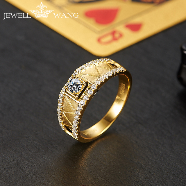 Jewellwang 18K Yellow Gold Rings for Men Moissanites 0.3ct Original Poker Design Diamond Side Stone Certified vvs1 Classic