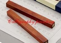 UM Par de Pesos de Papel Red Sandal Wood inlay Cobre Escova Tinta Pintura Caligrafia Sumi-E Ferramenta