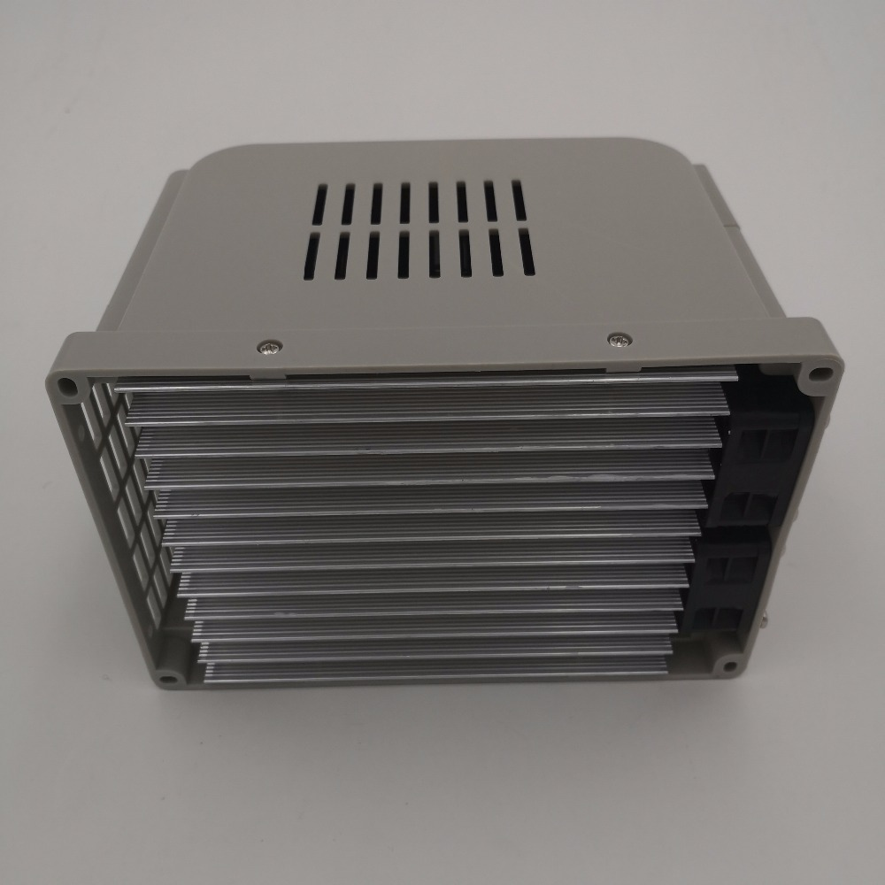 Frequency Converter VFD 1.5KW / 2.2KW / 4KW CoolClassic inverter ZW-AT1 3P 220V output need a little shipping cost wcj9