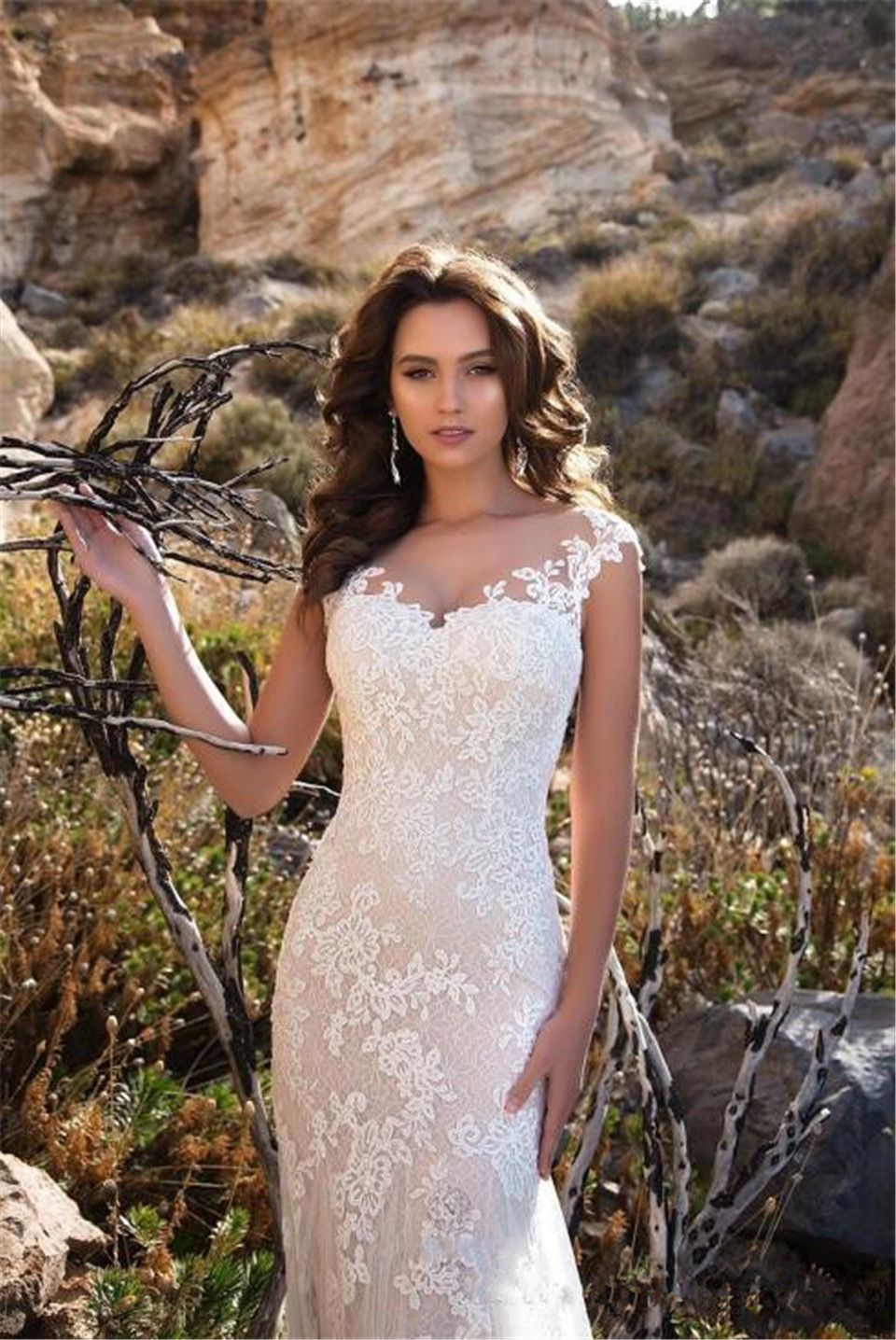 sheer-neck-appliqued-lace-wedding-dresses-2018-mermaid-court-train-boho-bridal-gowns-vestidos-de-noiva-ba8413 (3)_