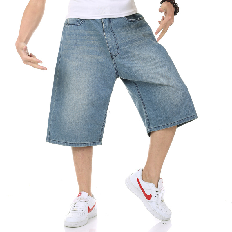 2018 new Mens Large size Mid-rise jeans Mens Summer Light Blue shorts Mens Loose 5 points Shorts Size 30-38 40 42 44 46