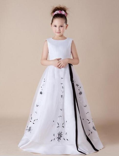 White A Line Flower Girl Dresses Black Appliques For 12 Year Old For A Wedding  Long Kids Evening Gowns Spring Pretty M2336 e62df88d9c28