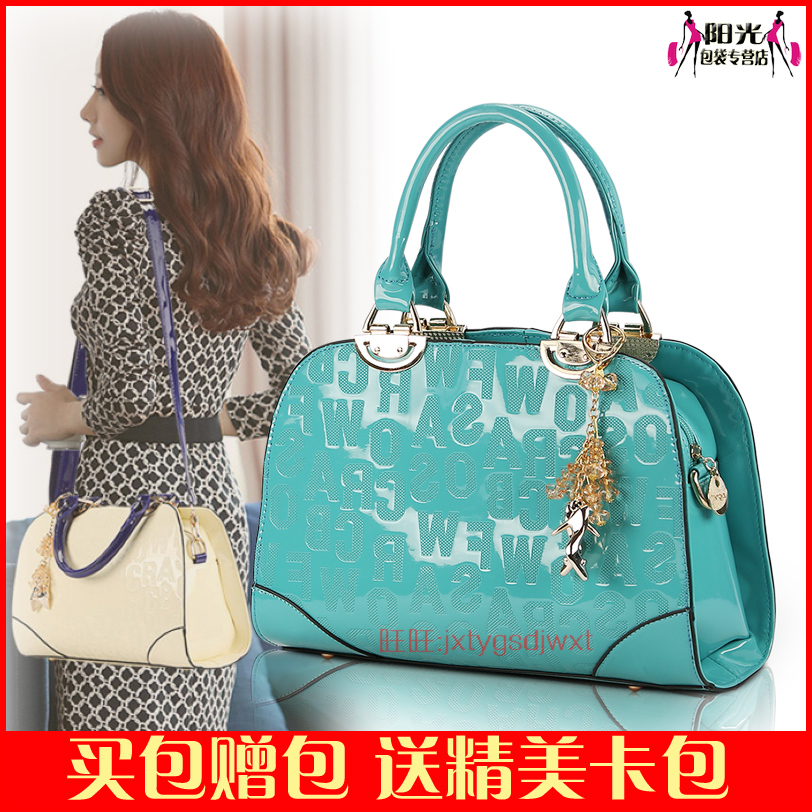 Daphne Women S Handbag 2020 Yearcon