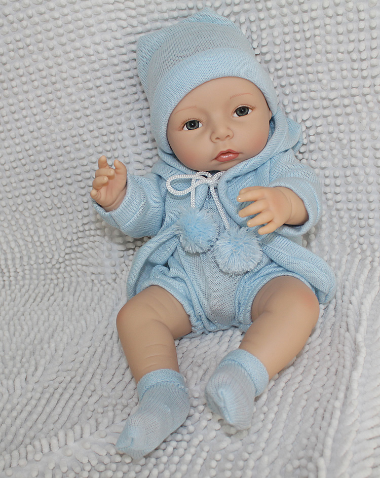 New Style Silicone Reborn Baby Dolls with Clothes Lifelike Baby Reborn Doll Toys for Kids Gift Doll 40cmNew Style Silicone Reborn Baby Dolls with Clothes Lifelike Baby Reborn Doll Toys for Kids Gift Doll 40cm