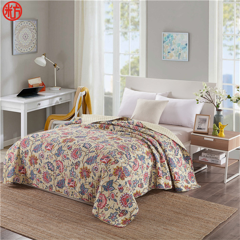 100% cotton quilts AB side Autumn patchwork quilts 180*200cm bedspread sofa cover soft blankets Machine washable quilts flowers100% cotton quilts AB side Autumn patchwork quilts 180*200cm bedspread sofa cover soft blankets Machine washable quilts flowers