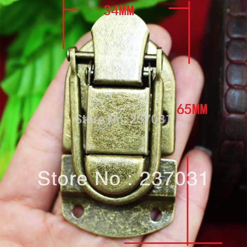 Antique box buckle/archaize buckles/luggage lock/metal buttons in wooden cases charm with lock buckle trumpet thickened wooden padlock hasp lock buckle buckle piece luggage accessories wooden doors