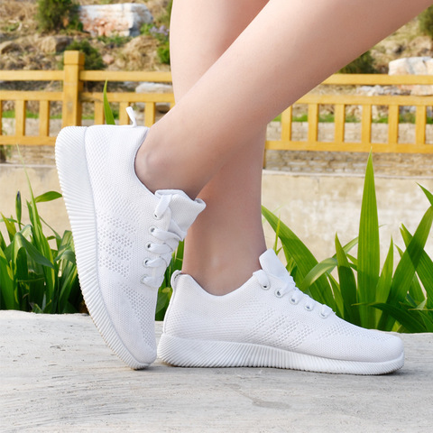 Women Shoes 2019 Flyknit Sneakers Women Super Light Vulcanized Shoes For Basket Femme White Sneakers Fashion Women Casual Shoes Karachi