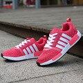 Venta caliente Nuevo 2016 Planos de La Manera de Las Mujeres Entrenadores Transpirable Deporte Mujer Zapatos Casuales Caminar Al Aire Libre Mujeres de Los Planos de Zapatillas Mujer