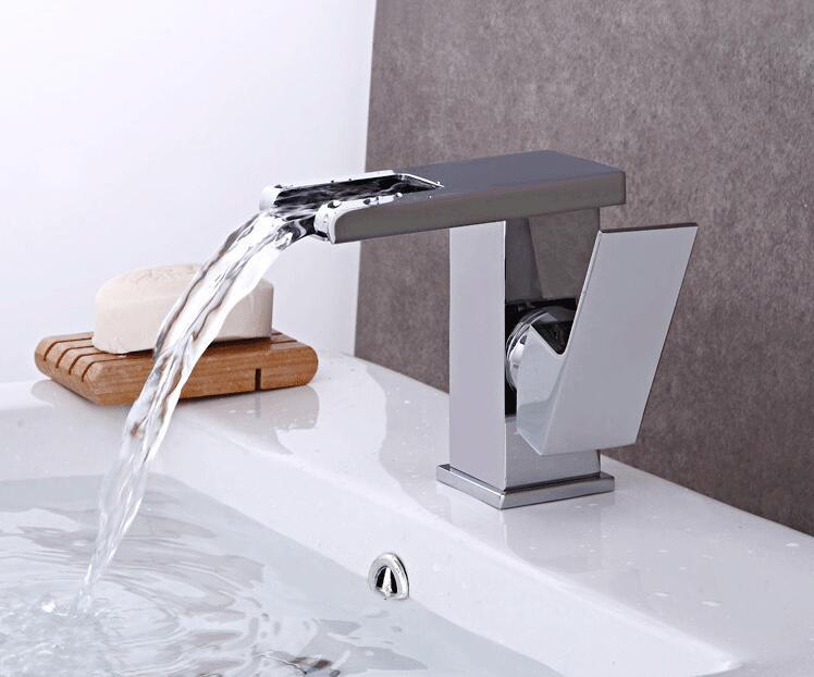7 Faucet Finishes For Fabulous Bathrooms: Fashion High Quality Brass Material Chrome Finish Single