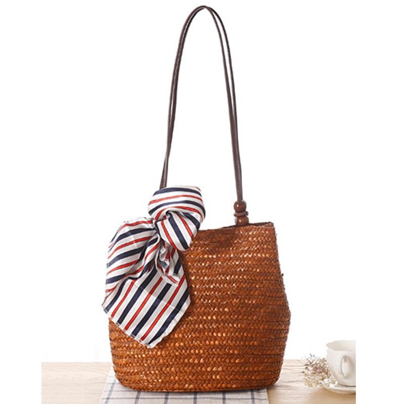 2019 Módní plážová taška pro letní příležitostné slámy ramenní tašky slavný designér vysoce kvalitní ženy cestování ručně tkané totes