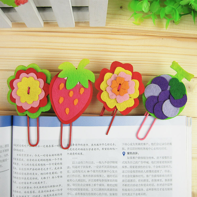12pcs Children DIY Non Woven Fabric Bookmarks Kids Kindergarten Handmade Art Craft Cartoon With Clip Educational Toys In Stickers From