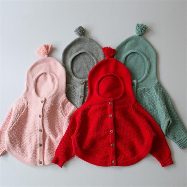 2016 Otoño Nuevas Niñas Suéteres de Algodón de color sólido de Los Niños Del Suéter Niñas Suéter de Punto para 1-5Y Niñas niños del Capote de La Borla