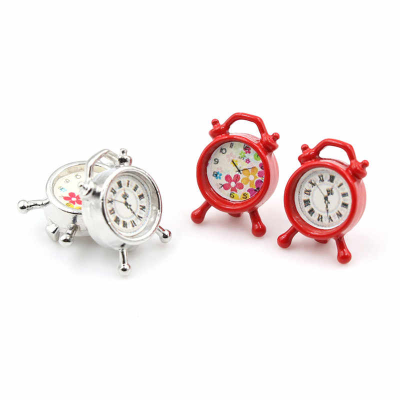 1pcs DIY dollhouse Mini clock Miniature Furniture Alloy color random 1:12 pretend play bedroom Living Room Accessories