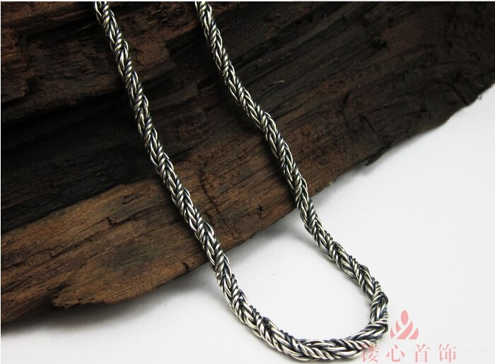 necklace039b