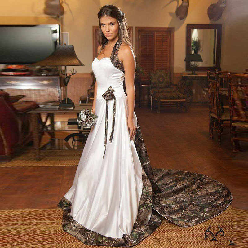 Plus Size Camouflage Wedding Dress Halter Neck Ball Gowns Long Camo Bridal  Dress Chapel Train Vestido 6ddaf9a9d528