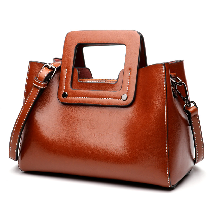 Woman Pochette Handbag2018 New European Style Leather Handbag Fashion Handbag Crossbody Shoulder Wax Leather Wholesale Tide Bag safebet brand 2018 new fashion cool style real leather handbag wholesale oil wax leather slanting shoulder bag women s handbag