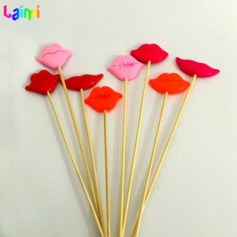 Mix Barva 8ks / lot Ručně vyráběné POLYMER CLAY Láska rty Photo Booth rekvizity Svatební Party dekorace Valentýna