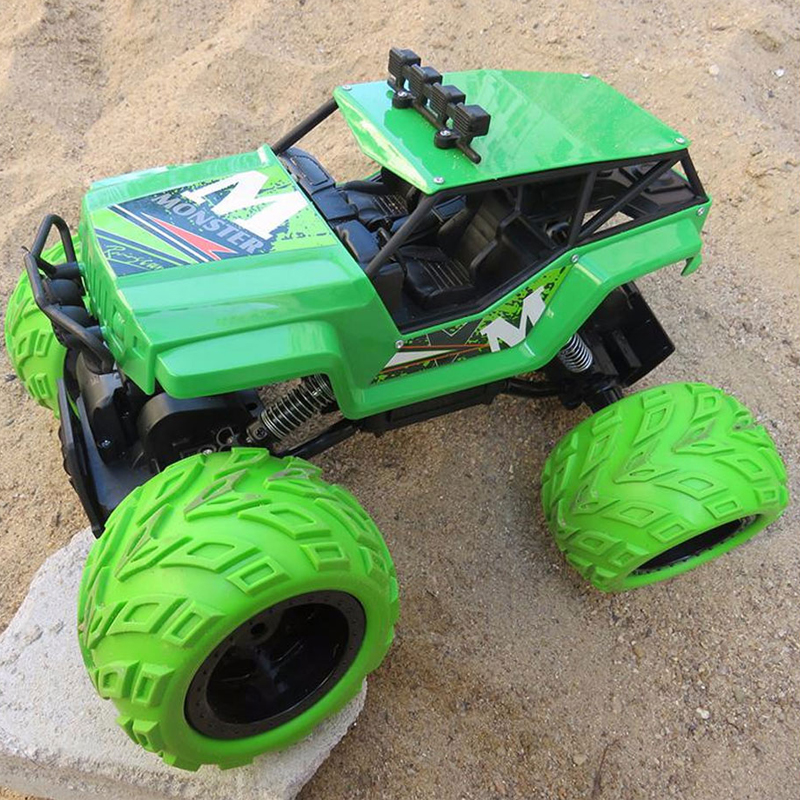 Large 1:12 4WD RC Cars 2.4G Radio Control RC Cars Toys Buggy 2018 High speed Off-Road Rock Crawler Trucks Toys for Children wltoys 12402 rc cars 1 12 4wd remote control drift off road rar high speed bigfoot car short truck radio control racing cars