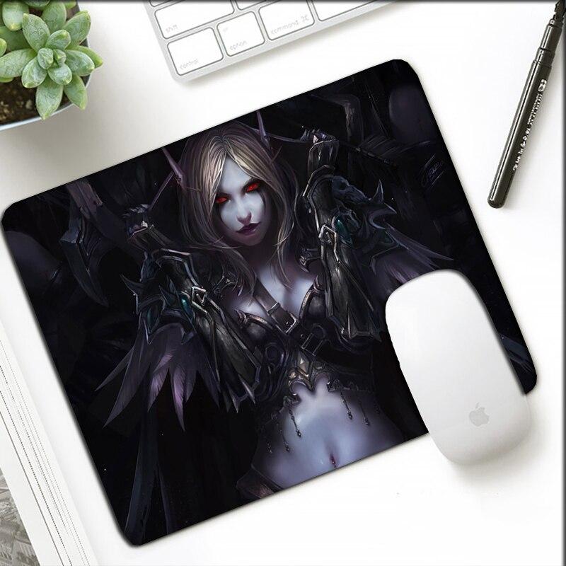 2019 Nuovo Stile Di Piccola Dimensione 21x26 Cm Wow Mousepad Del Fumetto Del Regalo Per Ufficio Taccuino Del Computer Portatile Mat Bordo Di Bloccaggio Del Mondo Di Warcraft Otaku Mouse Pad