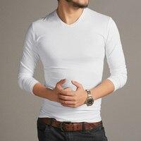 2017 Otoño Invierno Hombre Nuevo algodón ocasional elasticed manga larga Camiseta cuello v hombres adelgazan solid marca estilo europeo camisa