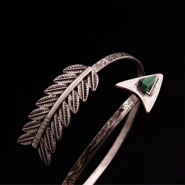 Novo na moda ajustável boêmio étnico braço superior pulseira braço punho do vintage seta aberta pulseira braço manguito