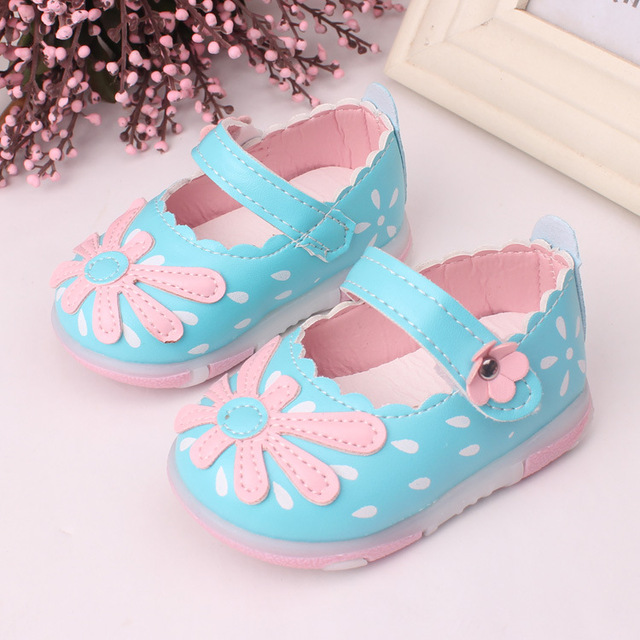 Baby Toddler Shoes  with light 2016 New Spring Children Shoes for Girls Kids flower shos Girls Princess Shoes