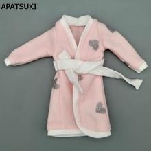 9119c032d0 Coração Roupão rosa Cinza Para Boneca Barbie Fatos de Banho Desgaste Dormir  de Pijama de Inverno