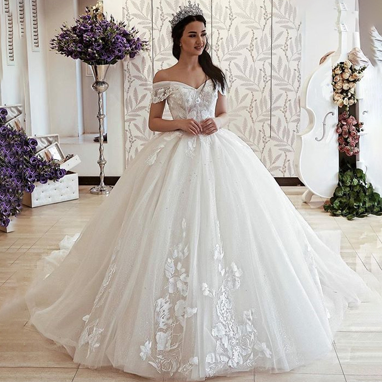 White Off Shoulder Wedding Ball Gowns Lace Tulle Ball Gown Wedding