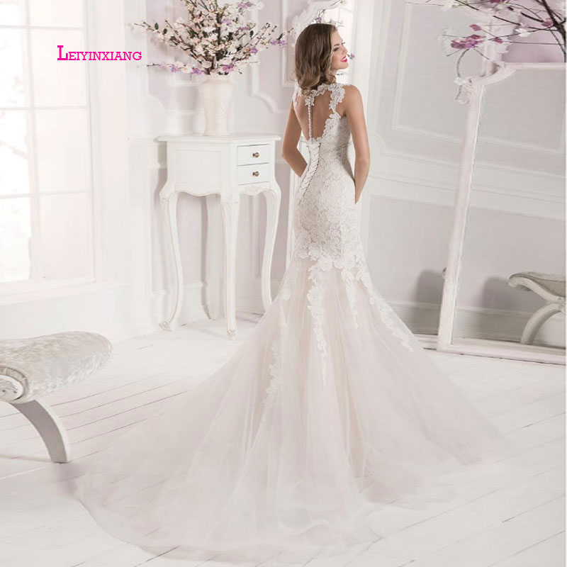 LEIYINXIANG Elegant 2019 New Arrival Wedding Dress Vestidos De Noiva Sexy Mermaid Sleeveless Backless Appliques Sweetheart Lace in Wedding Dresses from Weddings Events