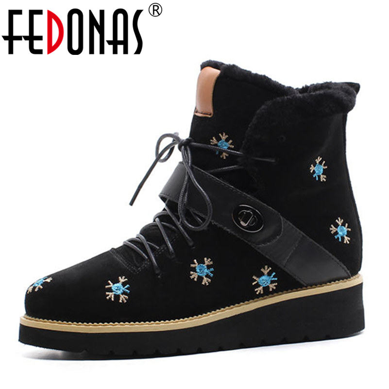 FEDONAS Brand Women Genuine Leather Warm Wool + Plush Snow Boots Women Winter Wedges Heels Casual Shoes Woman Sexy Martin Boots fedonas fashion women cow suede genuine leather warm wool plush snow boots winter shoes woman heels ankle boots casual shoes