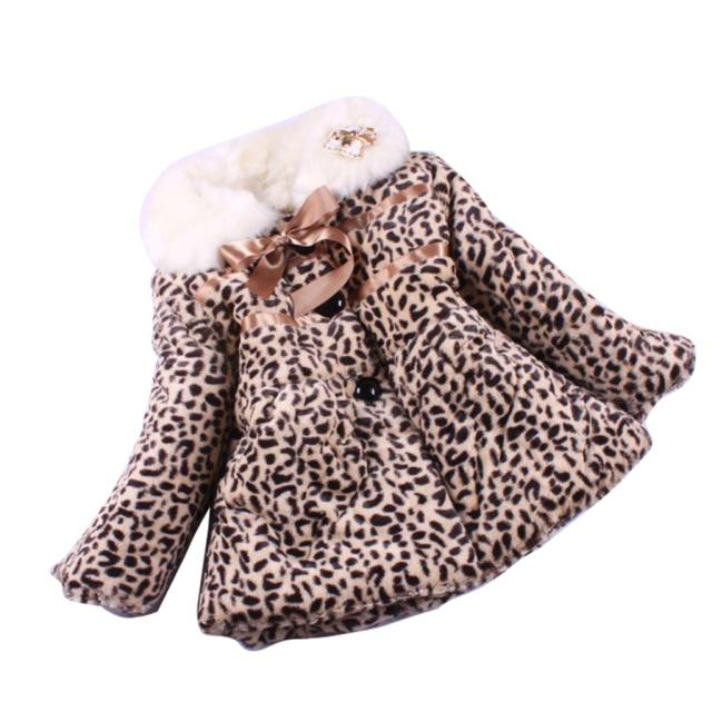 2016 girl's Winter Coat new cute bowtie Leopard-print long sleeve wool sweater winter fur collar quilted faux fur children coat
