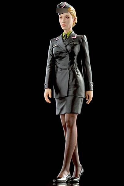 1/20 Resin Kits Female Officer Not Assembled Uncolored1/20 Resin Kits Female Officer Not Assembled Uncolored