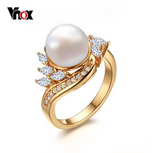 VNOX  Gold Plated Simulated Pearl  Rings for Women Fashion Wedding Rings with Cubic Zirconia Freshwater Cultured Pearl
