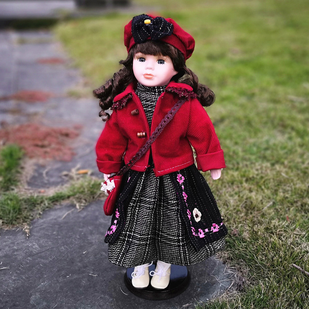 Hot Sell 41CM European Style Victoria Style Russia Ceramic Classical Doll Noble Porcelain Doll High Quality Toy Gift For Girl 88