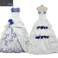 African Royal Blue and White Wedding Dress Sweetheart Neck Pick ups Skirt Bridal Gowns with Hand made Flower