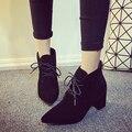 2017 Outono E Inverno Calcanhar Quadrado Bombas Sapatos de Salto Alto Mulheres Botas de Comprimento No Tornozelo Dedo Apontado Laçar Botas Martin