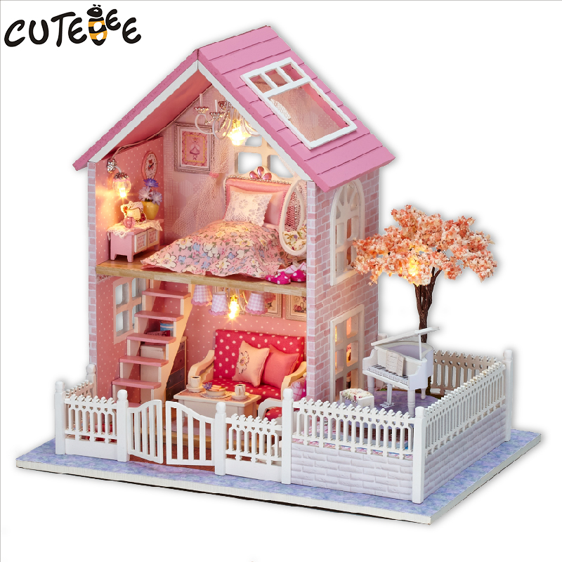 CUTEBEE Doll House Miniature DIY Dollhouse med møbler Wooden House Cherry Blossom Leker For Children Birthday Gift A036