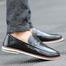 2016 Spring Autumn Round toe Men's Casual Shoes leather shoes England style Silp-on Driving Loafers Shoes flat men shoes