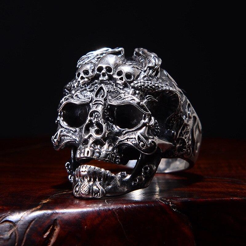 skull ring (1)