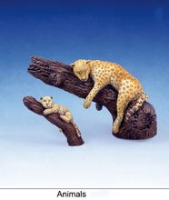 Scale Models 1 35 leopard animals soldier figure Historical WWII Resin Model Free Shipping