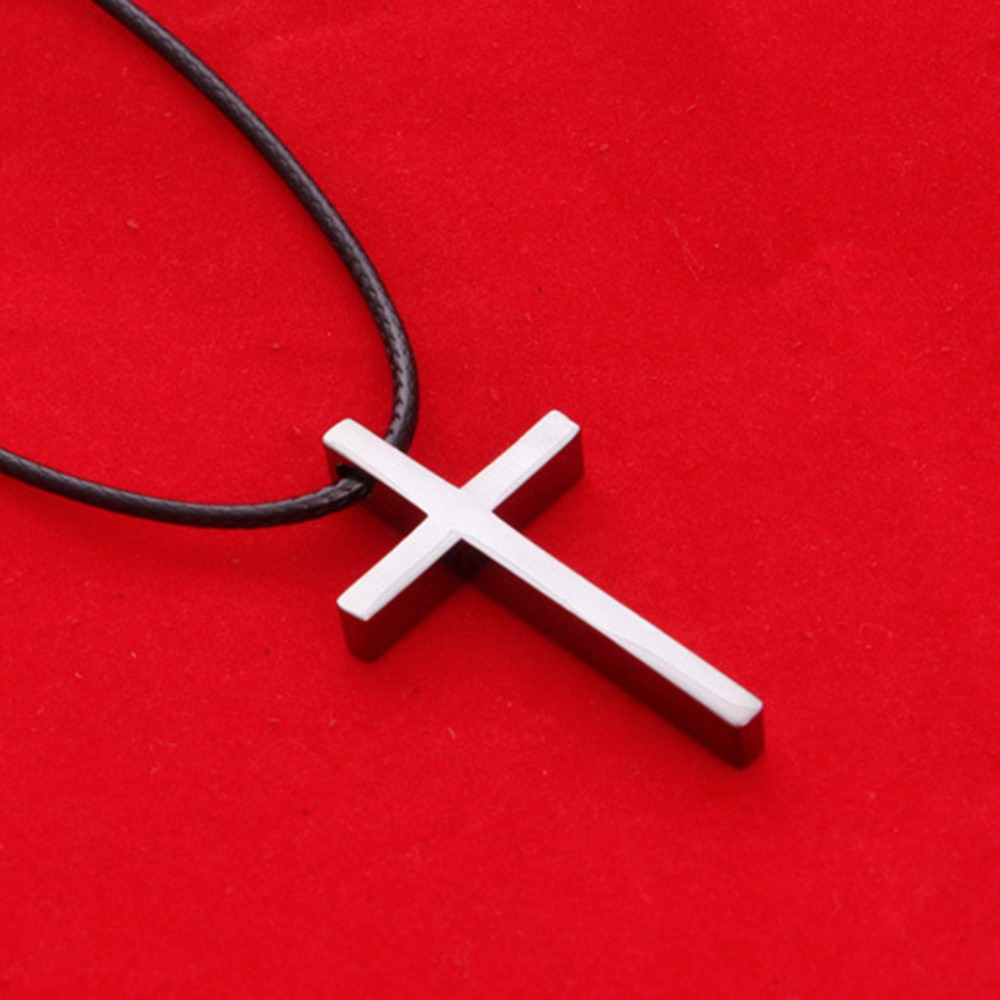 Zinc Alloy Black Cross Pendant Chain Necklace Simple Jewelry Gifts Kicher Skull Cross Necklace for Men Women 24 Inches Chain