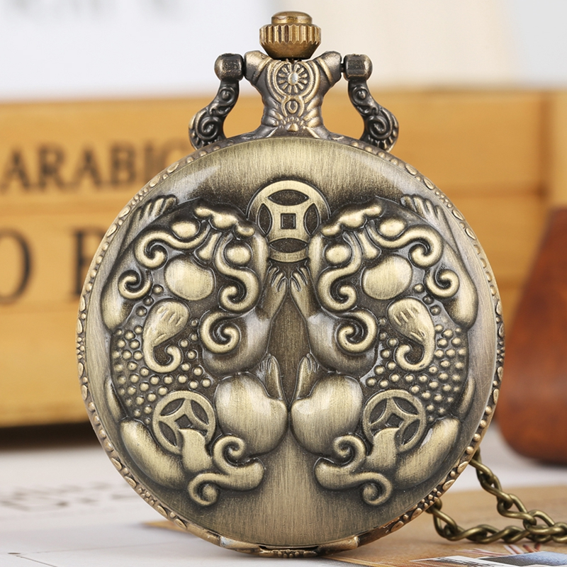 Mythical Wild Animal Brave Troops Quartz Pocket Watch Retro Bronze Cool Necklace Pendant Clock For Men Women With Chain Reloj