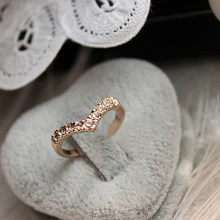 Women Girl Love Heart Ring Cute Simple Wave Alloy Gold Rings Minimalist Personality Crystal Romantic Ringen Anillos Mujer Femme(China)