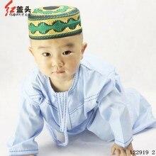P/C Crewneck mens kaftan embroidered robes for Children Muslim boys thobe Oman Worship garments Wholesale 122918