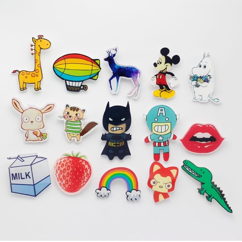 One Piece Japanese Cartoon Comics Rabbit Giraffe Sexy Mouth Rainbow Colorful Arcrylic Brooch Pin Badges On Backpack For Clothes
