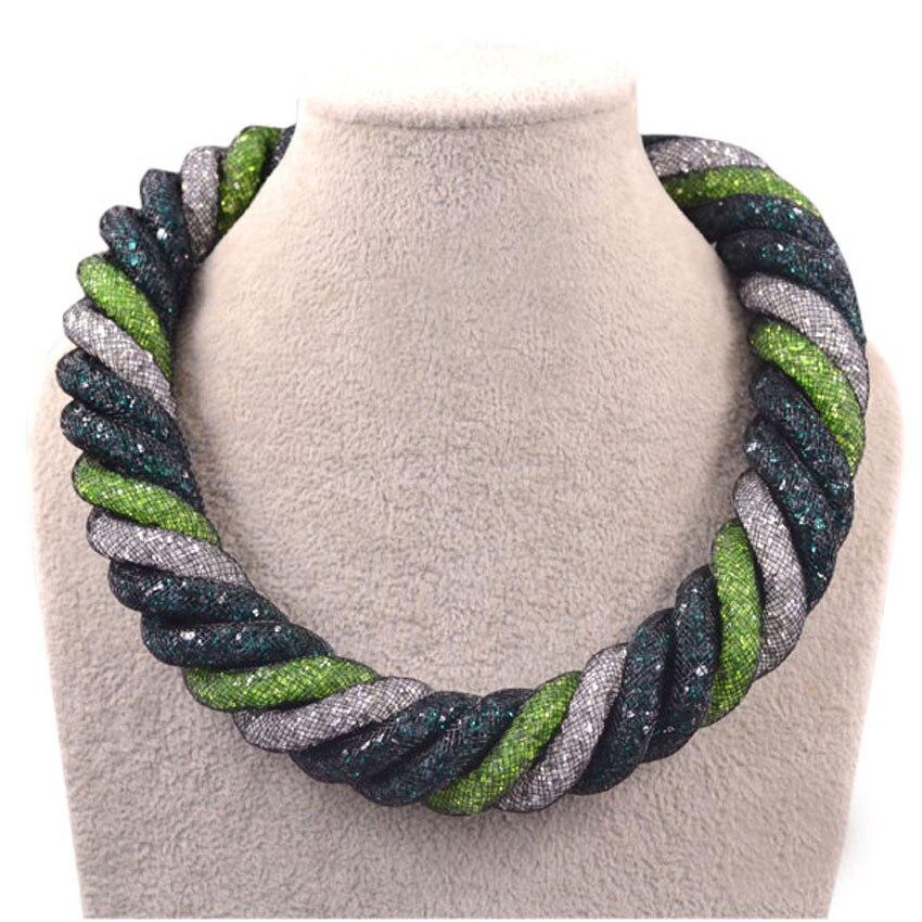 Offre spéciale maille corde chaîne torsadée multicolore cristal magnétique fermoir grand collier femmes collier 2017