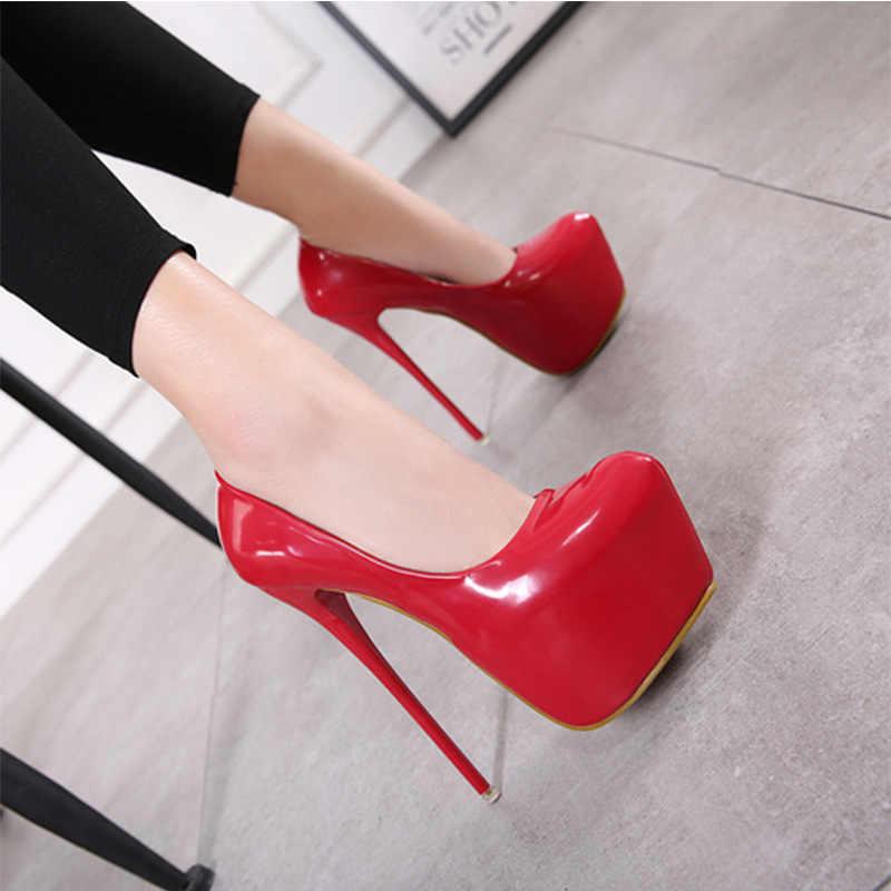 Ilkbahar/Sonbahar Seksi Düğün Fetiş Yuvarlak Ayak Kadın Pompaları Platformu Çok Yüksek Topuk Pompaları 16 cm Siyah Kırmızı