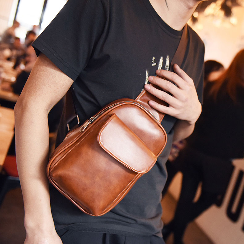 Hot Sale Fashion Style Retro Men PU Leather Chest Bag Chest Pack Small Crossbody Shoulder Bag Men Messenger Bags BS88